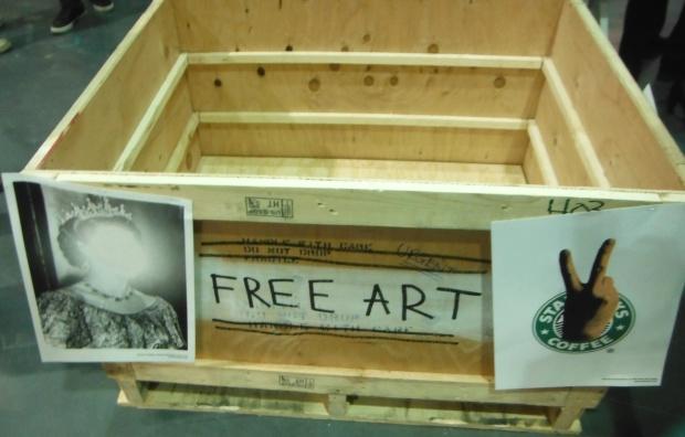 TheOutsiders, Lazerides, Free Art